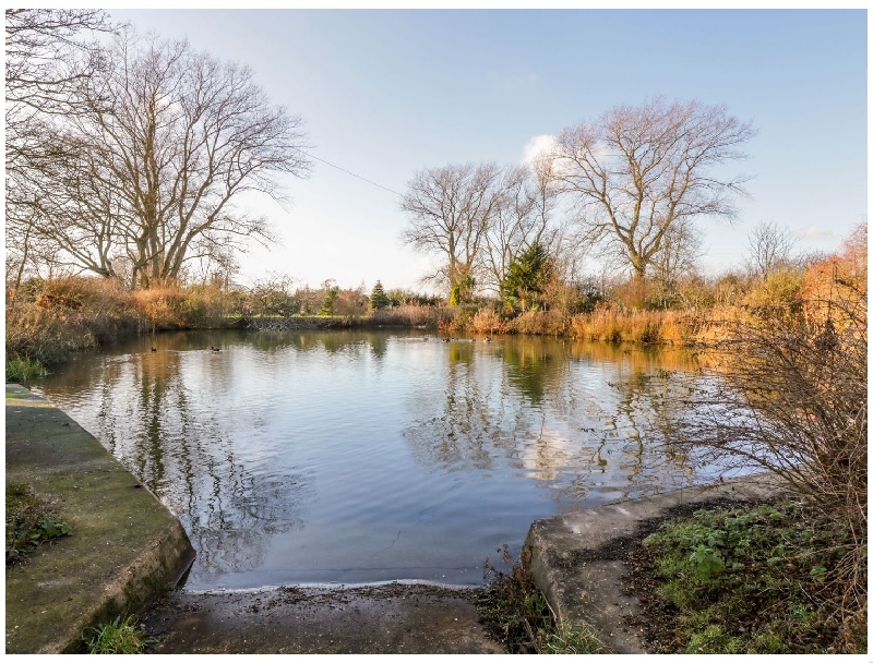 Suffolk Cottage Holidays - Click here for more about Pond View at Pakefield Hall