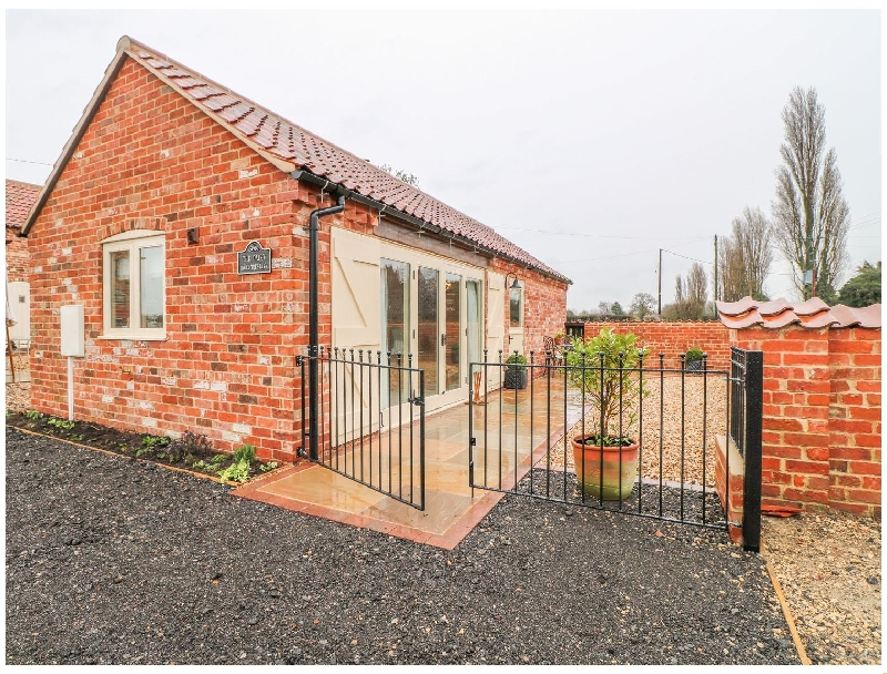 Lincolnshire Cottage Holidays - Click here for more about The Dairy