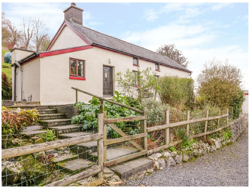 Powys Cottage Holidays - Click here for more about Cefn