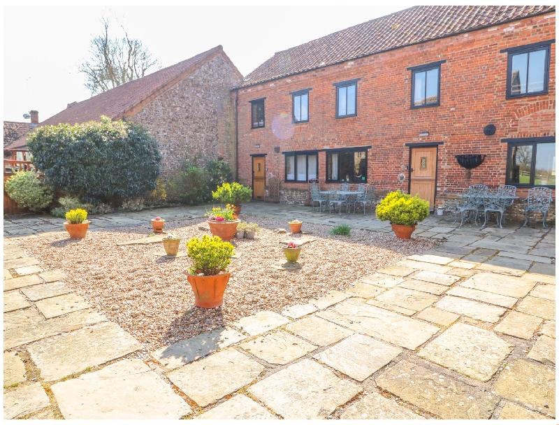Norfolk Cottage Holidays - Click here for more about The Dairy Barn