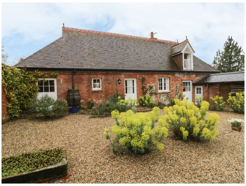 Essex Cottage Holidays - Click here for more about Rookwoods