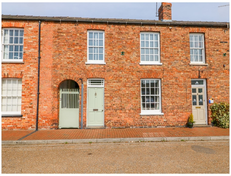 Lincolnshire Cottage Holidays - Click here for more about Buttercross House