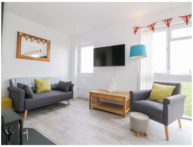 Suffolk Cottage Holidays - Click here for more about No 9. Castaways