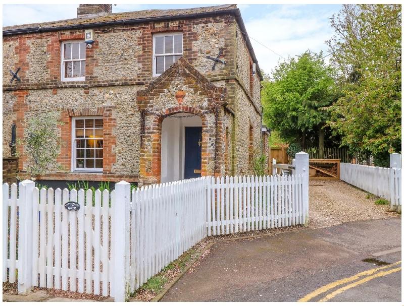 English Cottage Holidays - 3 Station Cottages