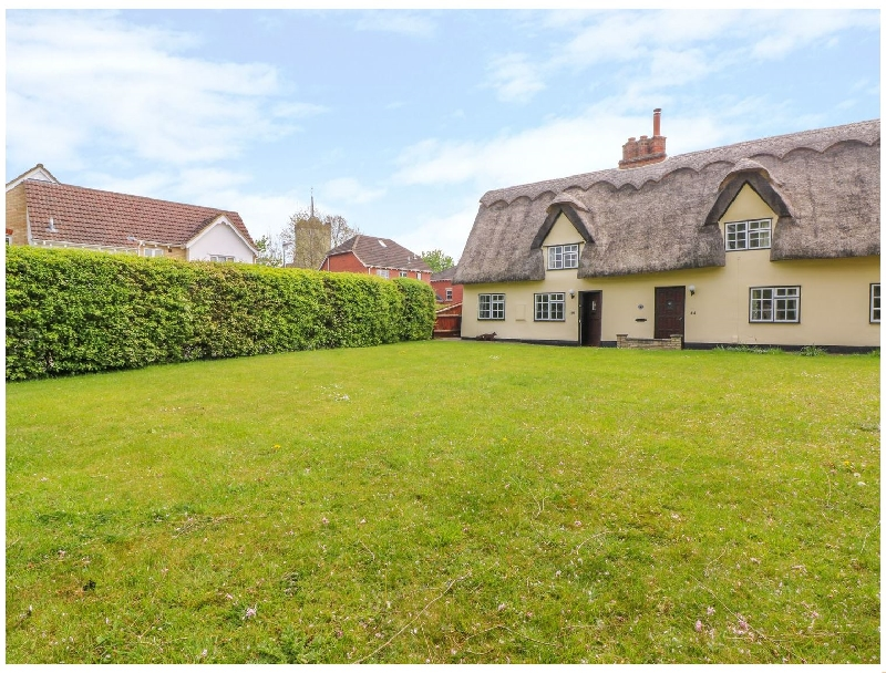 Cambridgeshire Cottage Holidays - Click here for more about Beaumont's Cottage