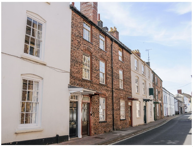 Monmouthshire Cottage Holidays - Click here for more about 7 Glendower Street