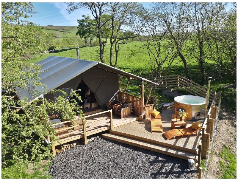 Click here for more about Stellar Safari Lodge