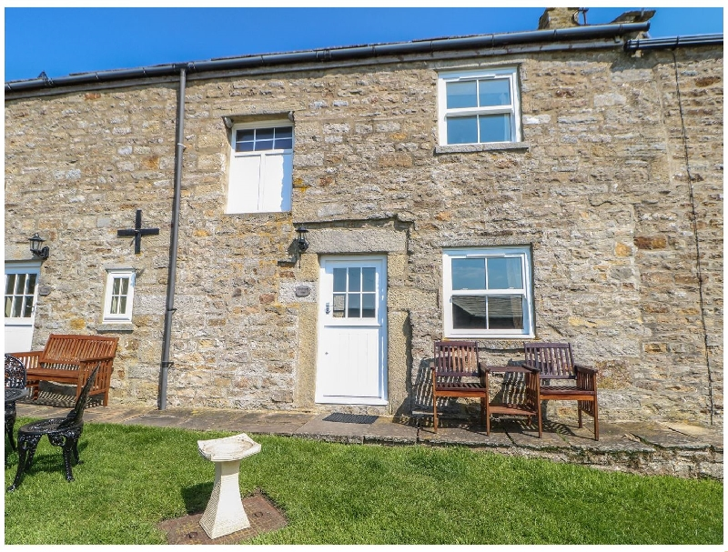 County Durham Cottage Holidays - Click here for more about Goldsborough Cottage