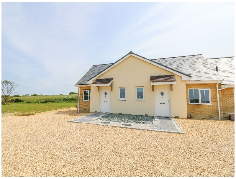 Click here for more about 5 Yarmouth Cottages