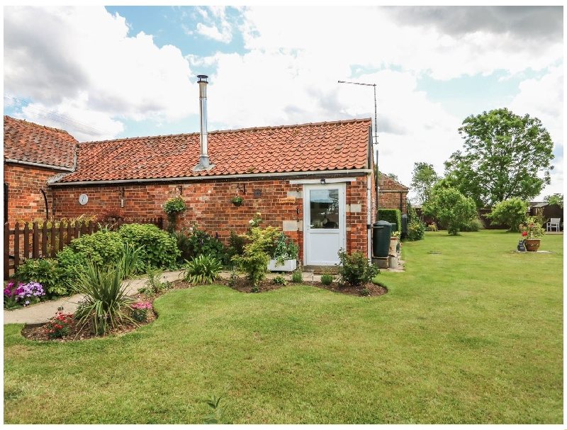 Lincolnshire Cottage Holidays - Click here for more about Poppy Cottage