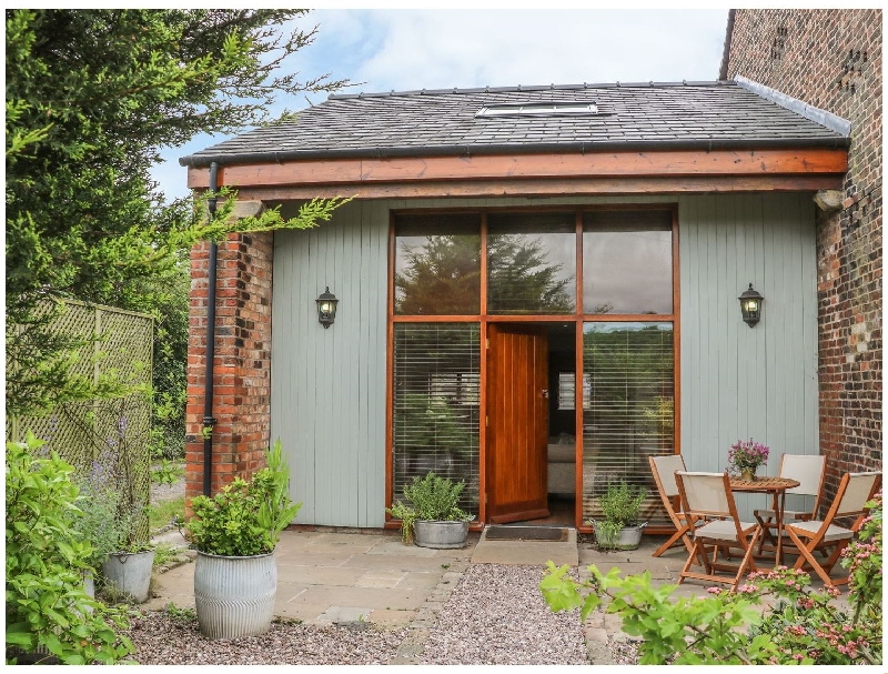 Lancashire Cottage Holidays - Click here for more about Barn Owl Cottage At Crook Hall Farm