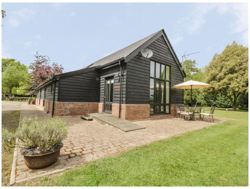 Essex Cottage Holidays - Click here for more about Fisherman's Lodge