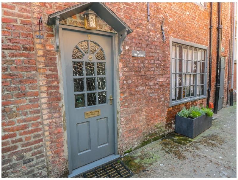 English Cottage Holidays - 7 Wards Yard