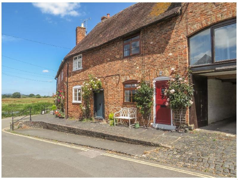 English Cottage Holidays - River Cottage