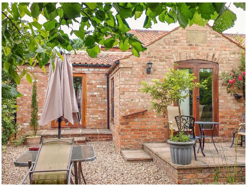 Lincolnshire Cottage Holidays - Click here for more about Wold's View