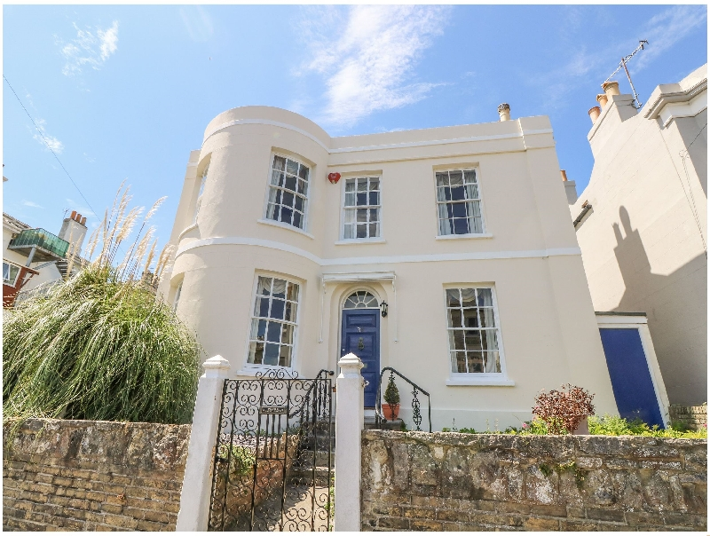 Isle of Wight Cottage Holidays - Click here for more about Burford House