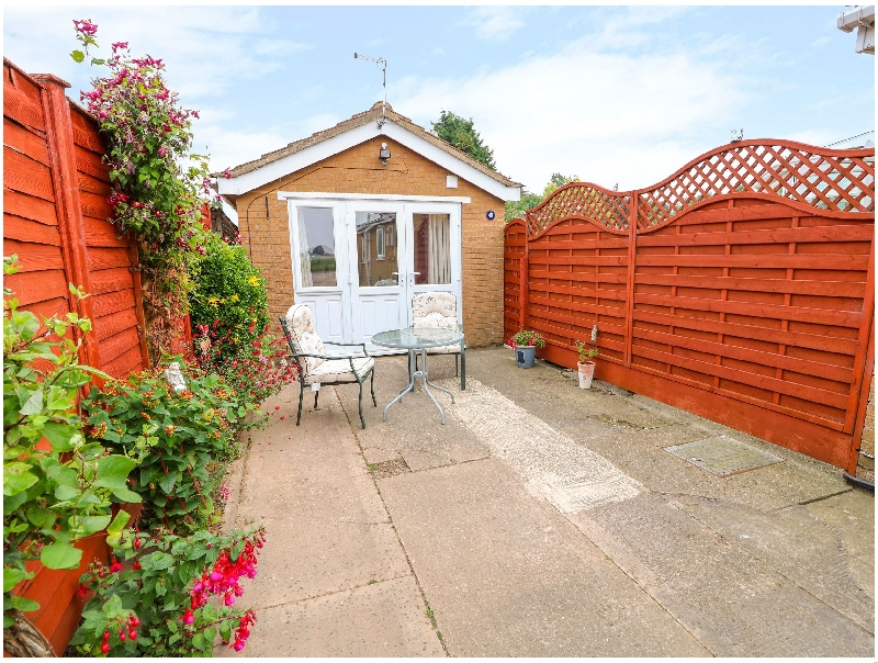 Lincolnshire Cottage Holidays - Click here for more about The Annexe