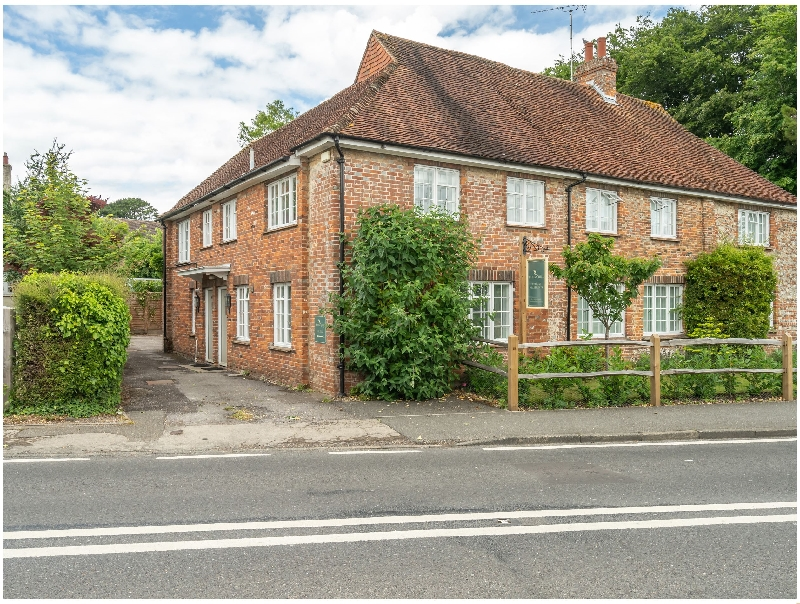 West Sussex Cottage Holidays - Click here for more about Goodwood Cottage