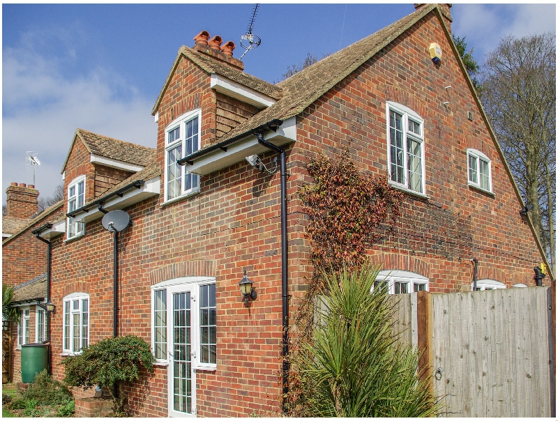 Kent Cottage Holidays - Click here for more about Knights Cottage