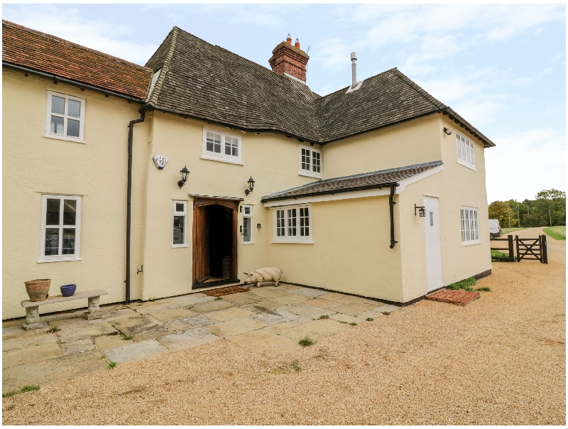 Essex Cottage Holidays - Click here for more about Farm House