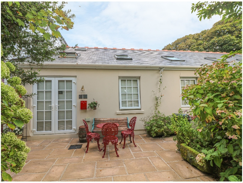 English Cottage Holidays - Garden View