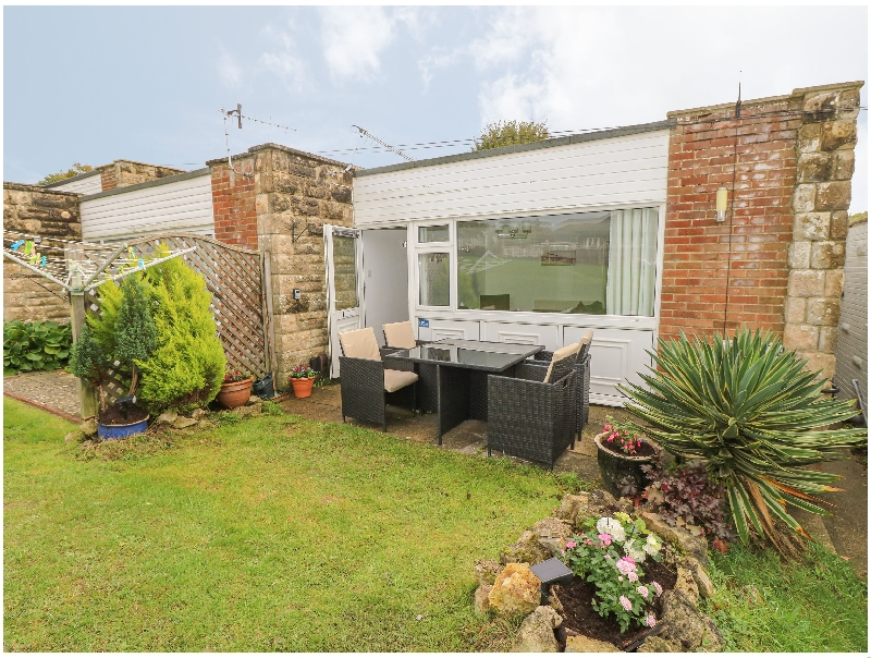 Isle of Wight Cottage Holidays - Click here for more about Sunny Pines
