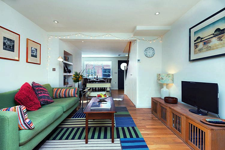 Dorset Cottage Holidays - Click here for more about 3 Sherborne Lane