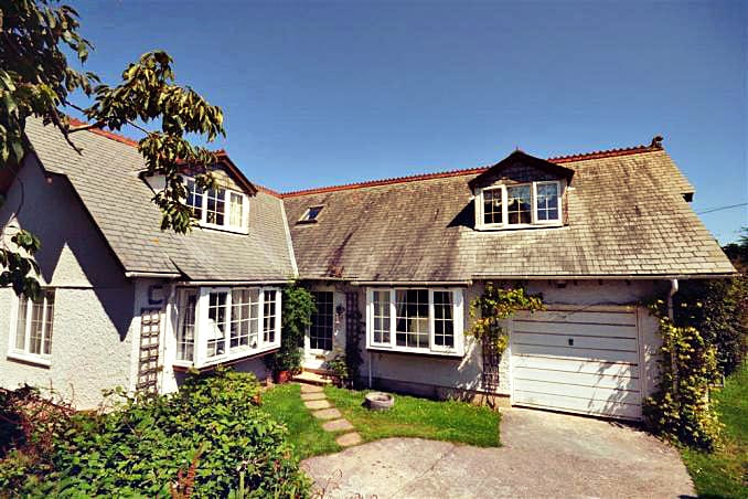 Devon Cottage Holidays - Click here for more about Briar Cottage