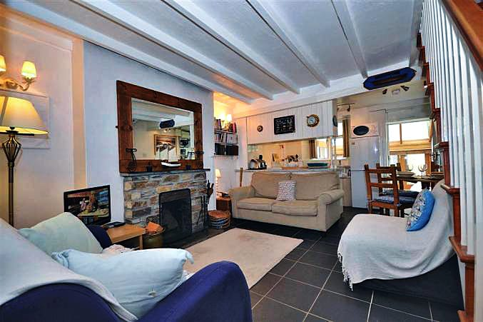 Cornwall Cottage Holidays - Click here for more about Glencoe Cottage