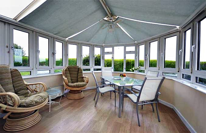 Devon Cottage Holidays - Click here for more about Kimberley Garden Cottage