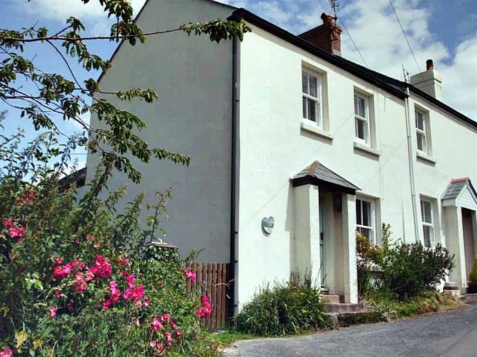 Devon Cottage Holidays - Click here for more about Lilac Cottage