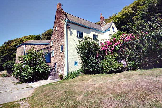 Devon Cottage Holidays - Click here for more about Lower Manor Farm