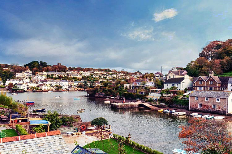 Devon Cottage Holidays - Click here for more about Pink Cottage