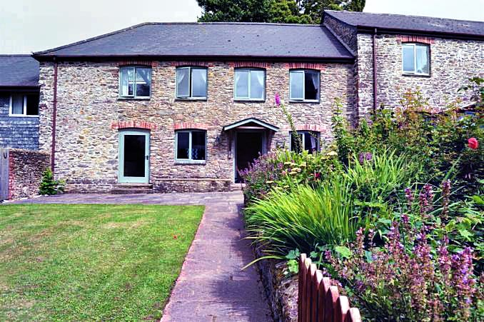 Devon Cottage Holidays - Click here for more about Oak End Barn