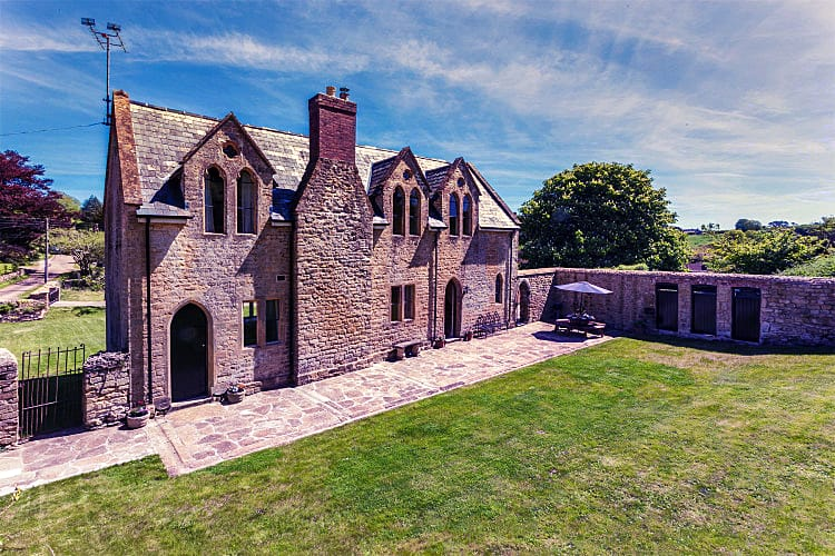 Dorset Cottage Holidays - Click here for more about The Old School House